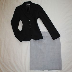 EXPRESS Size 2 Skirt Suit Black & Gray PERFECT